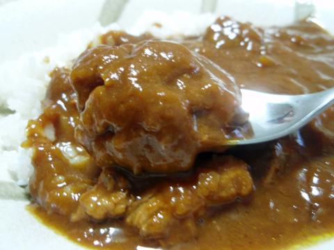桃豚カレー1